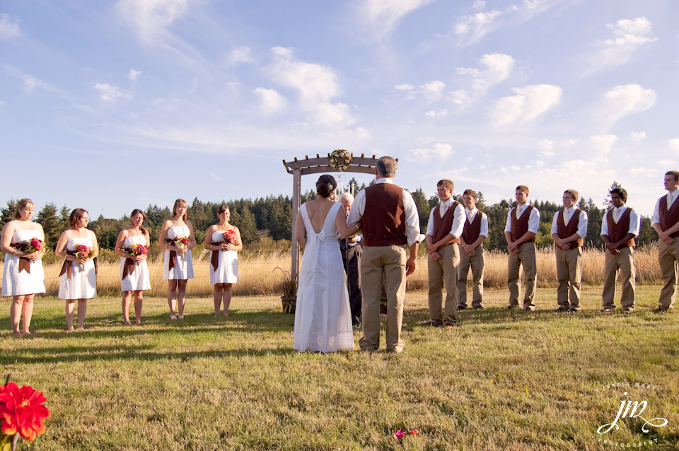 Simple Outdoor Wedding Oregon By Virginia Photographer Jessie Mary
