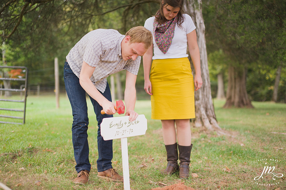 Burying the Bourbon at Murray Hill Wedding Venue by Leesburg Wedding Photographer, Jessie Mary (7)