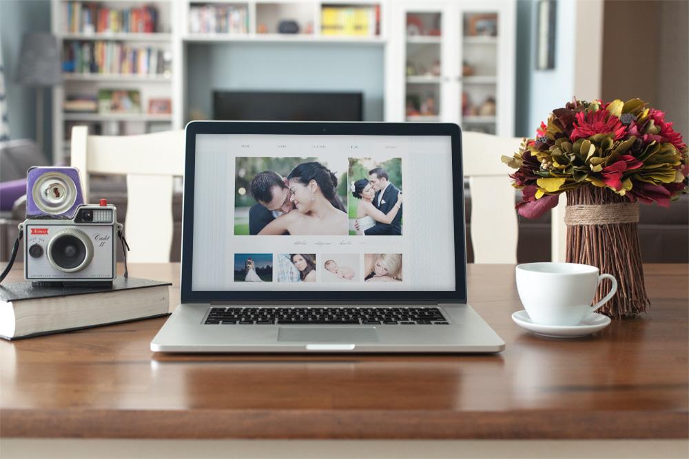 macbook-desk